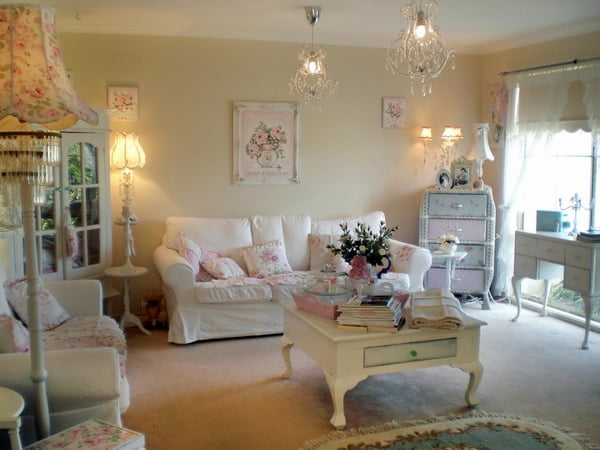 Shabby-Chic-living-room-interior-design-furniture-ideas-vintage-coffee-table-cupboard-floor-lamps