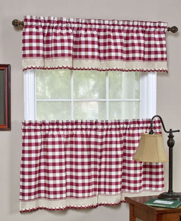 buffalo-check-kitchen-curtain