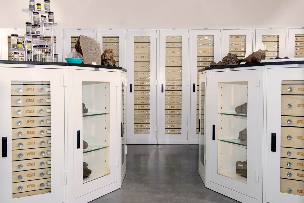 Museum Grade Cabinets Donnegan Systems Inc