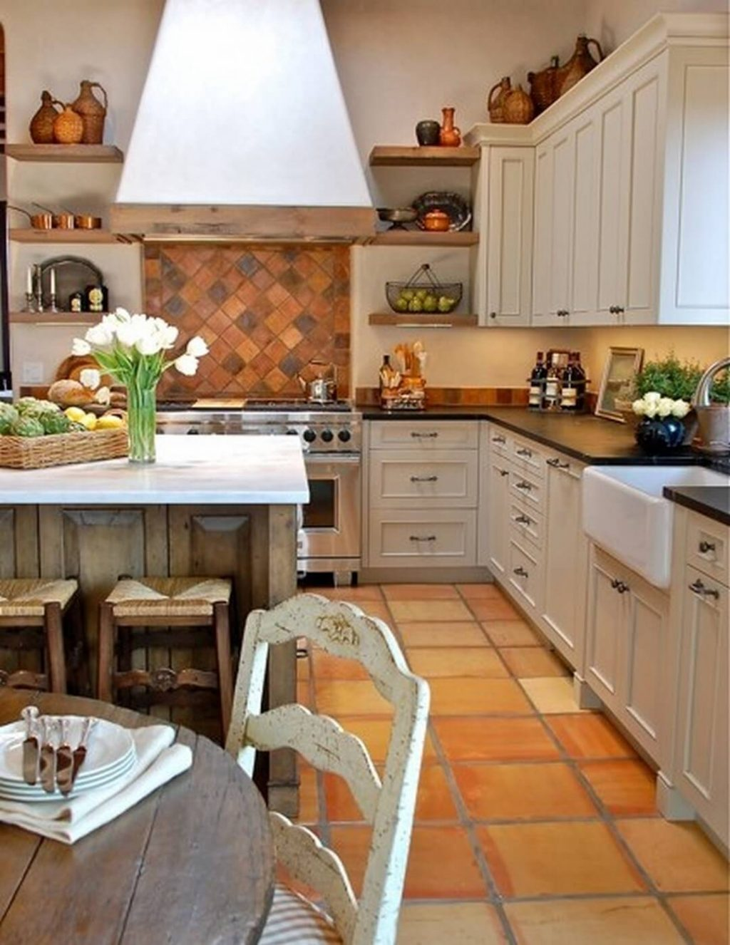 Spanish Tile Countertops 31 Modern And Traditional Spanish Style Kitchen Designs
