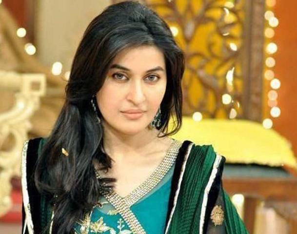 Dr Shaista Wahidi Latest Photos - Pictures - Images 002