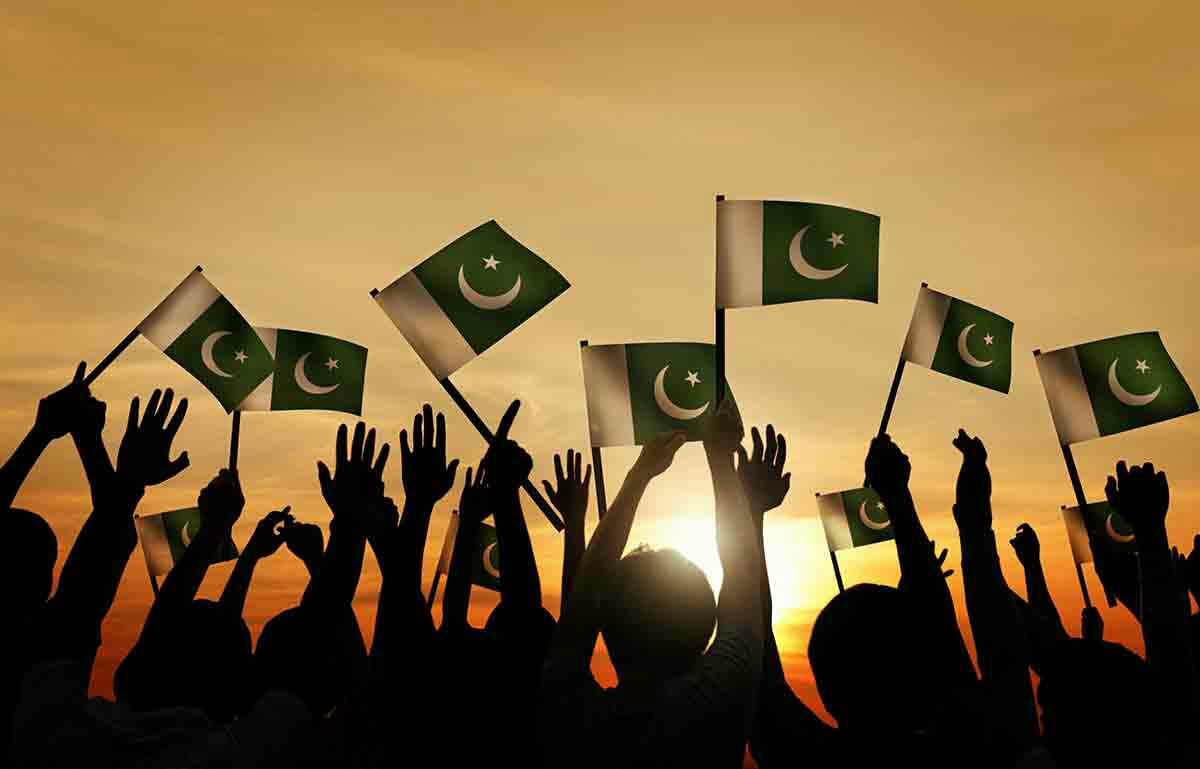 patriotism for pakistan In spite of their mentalities, true patriotism still exists in the hearts of our young men and was particularly proved by our young brave soldiers during three wars with pakistan and one with china when they showed utmost velour and courage.