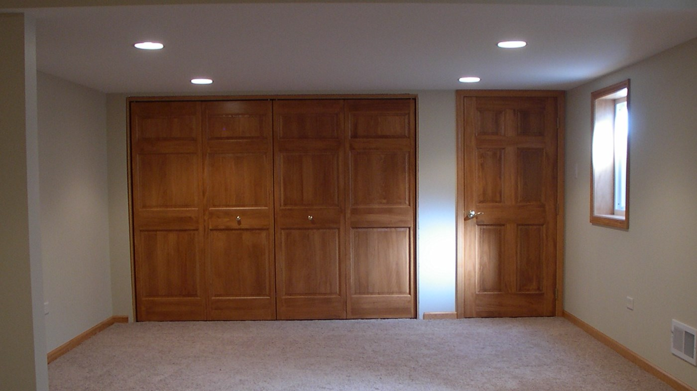 Replacement of white interior doors is a great solution
