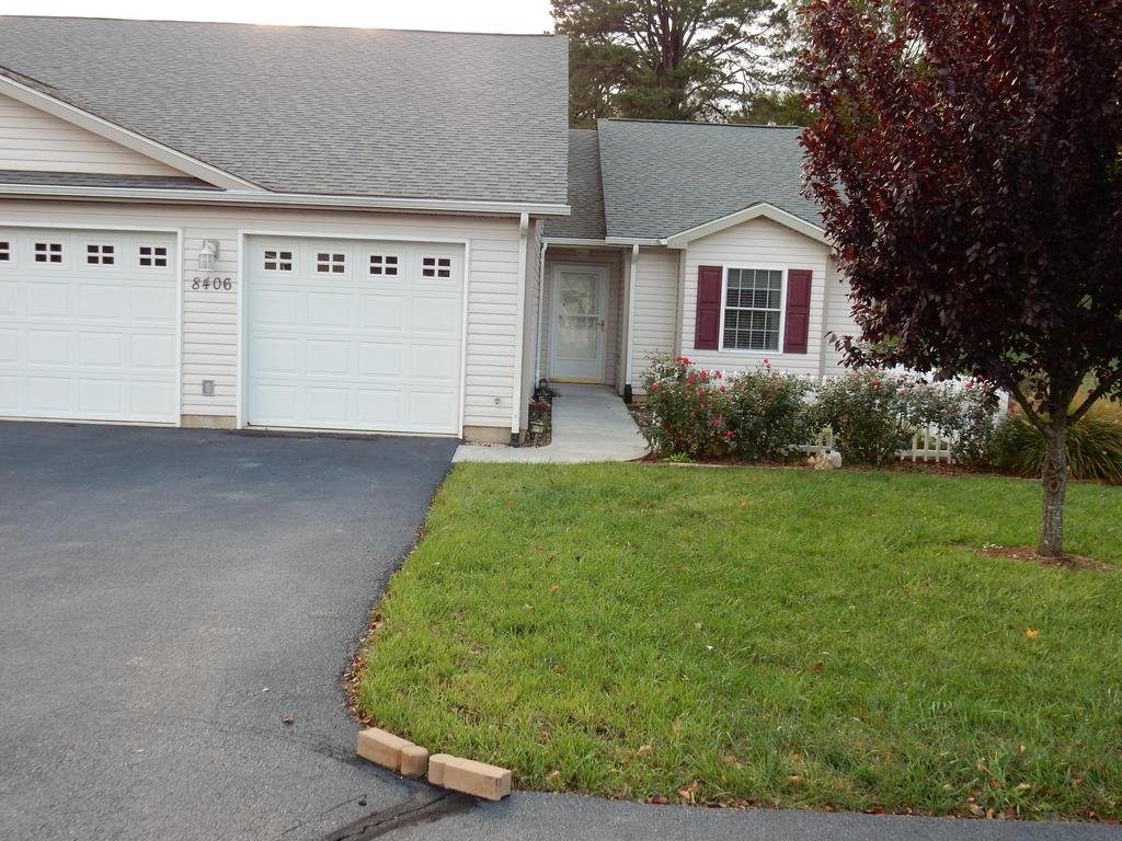Garage For Rent Roanoke Va 8406 Stoney Corner Ln Single Family House For Rent Doorsteps