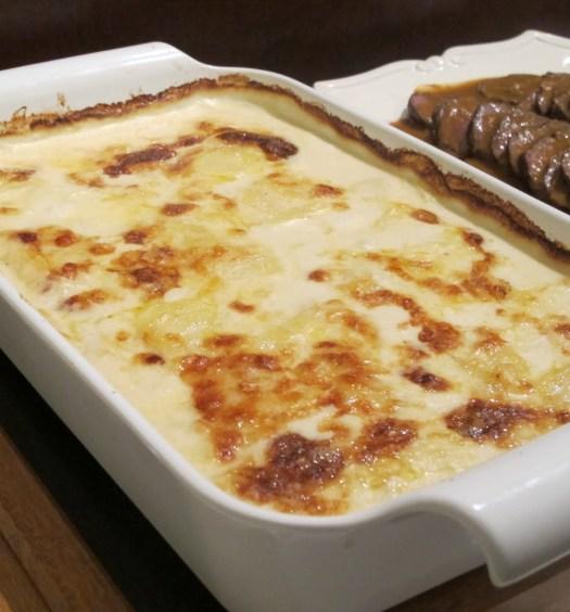 batata-gratinada-com-queijo
