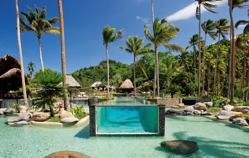 HOTEL LAUCALA ISLAND RESORT