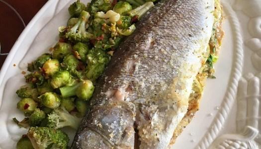 (Português do Brasil) Peixe no sal grosso