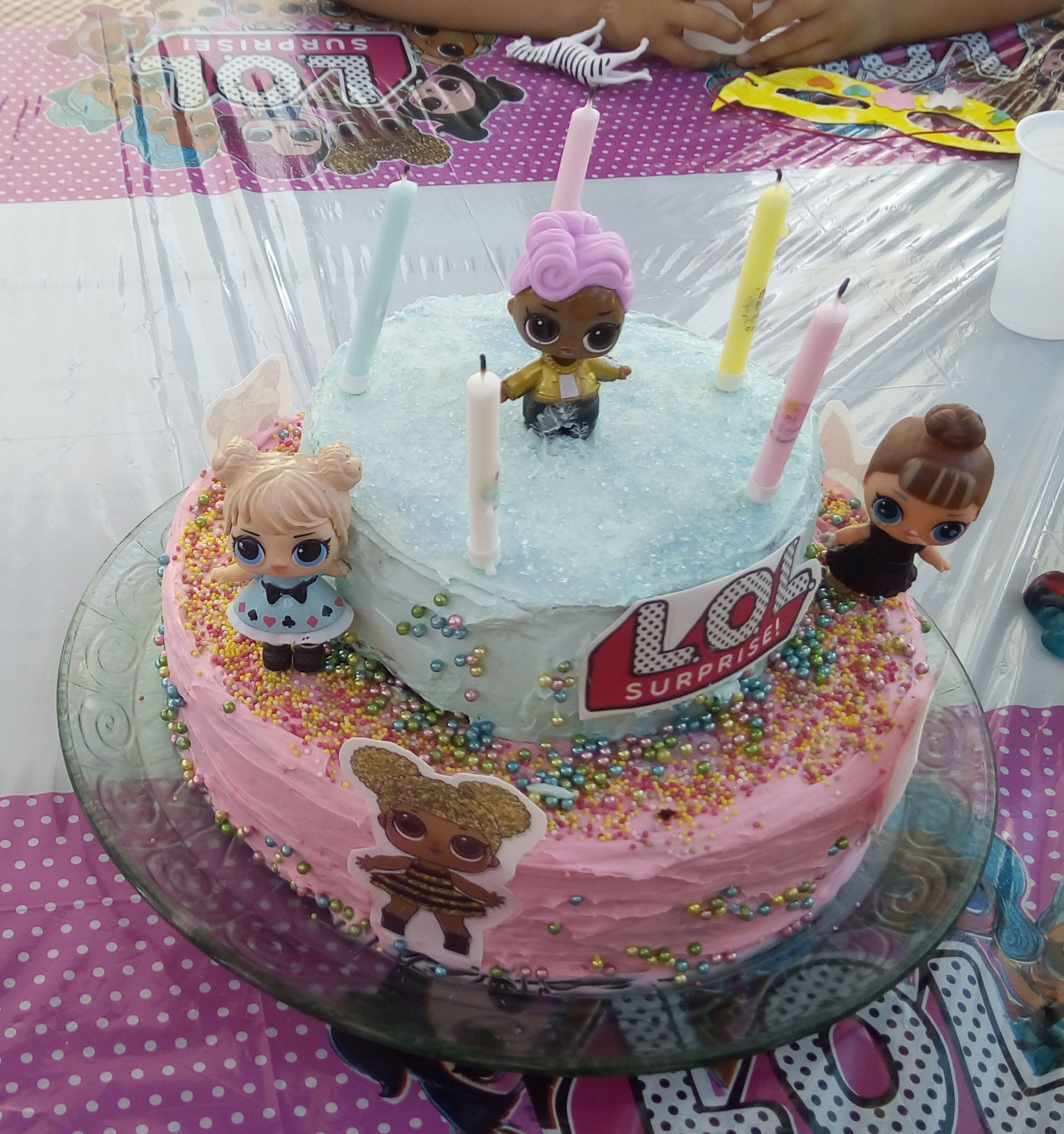 Decoration Gateau Fille 6 Ans Animations Anniversaires Enfants Cadolive Dorofun Animation