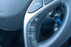 2014 Hyundai Elantra GT steering wheel buttons