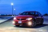 2014 Toyota Camry SE V6 front 1/4