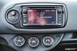2015 Toyota Yaris SE infotainment