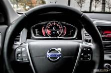 2015 Volvo XC60 T6 Platinum cockpit / instruments