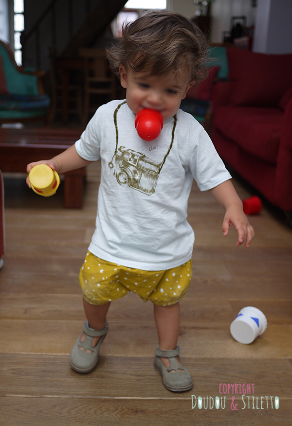 Bloomer fait maison, t-shirt Zara, chaussures Pom d'Api