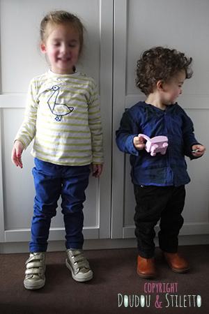 Choupette : t-shirt Monoprix, pantalon Zara, chaussures 10is Little S. : chemise Eliane et Lena, pantalon Zara, boots Pom d'Api