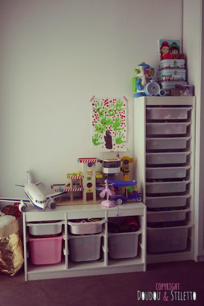 une chambre pour deux 1 an plus tard doudou stiletto. Black Bedroom Furniture Sets. Home Design Ideas