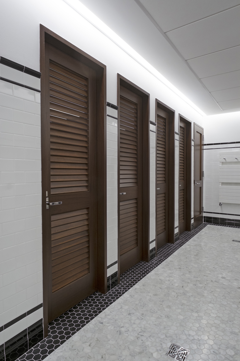 Kohler Shower Lighting Sleepy Hollow Men's Locker Room – Doyle Coffin