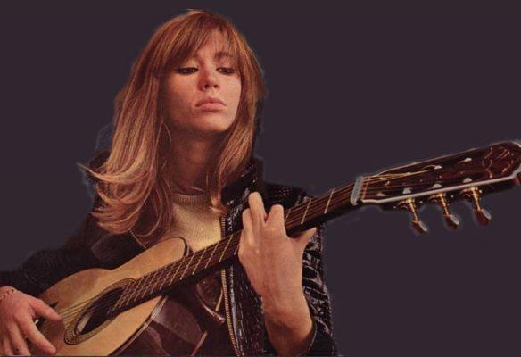 francoise-hardy-guitar-portrait