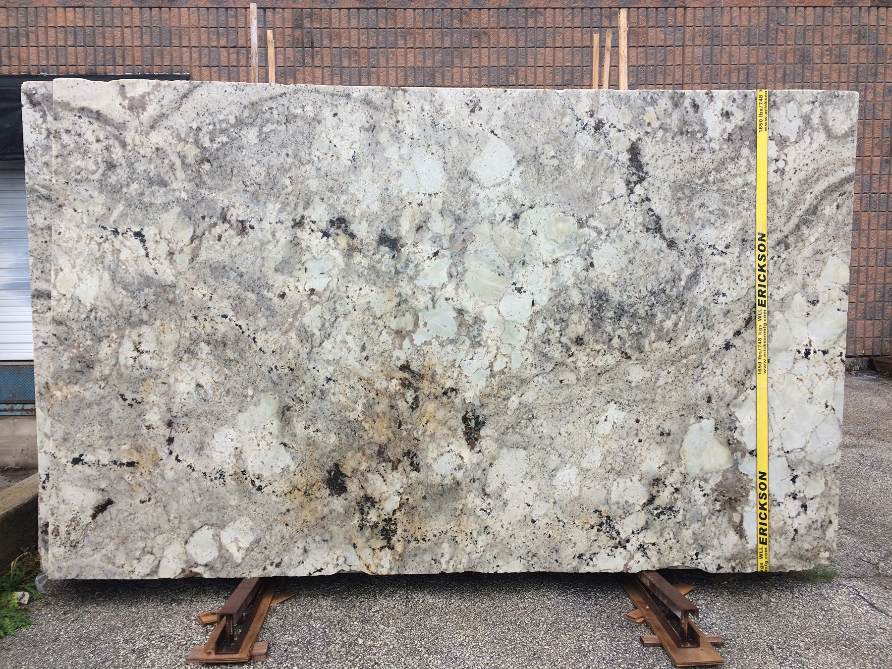 Buy Ivory Pearl Granite Direct At Di Pietra Design In Barrie Ontario