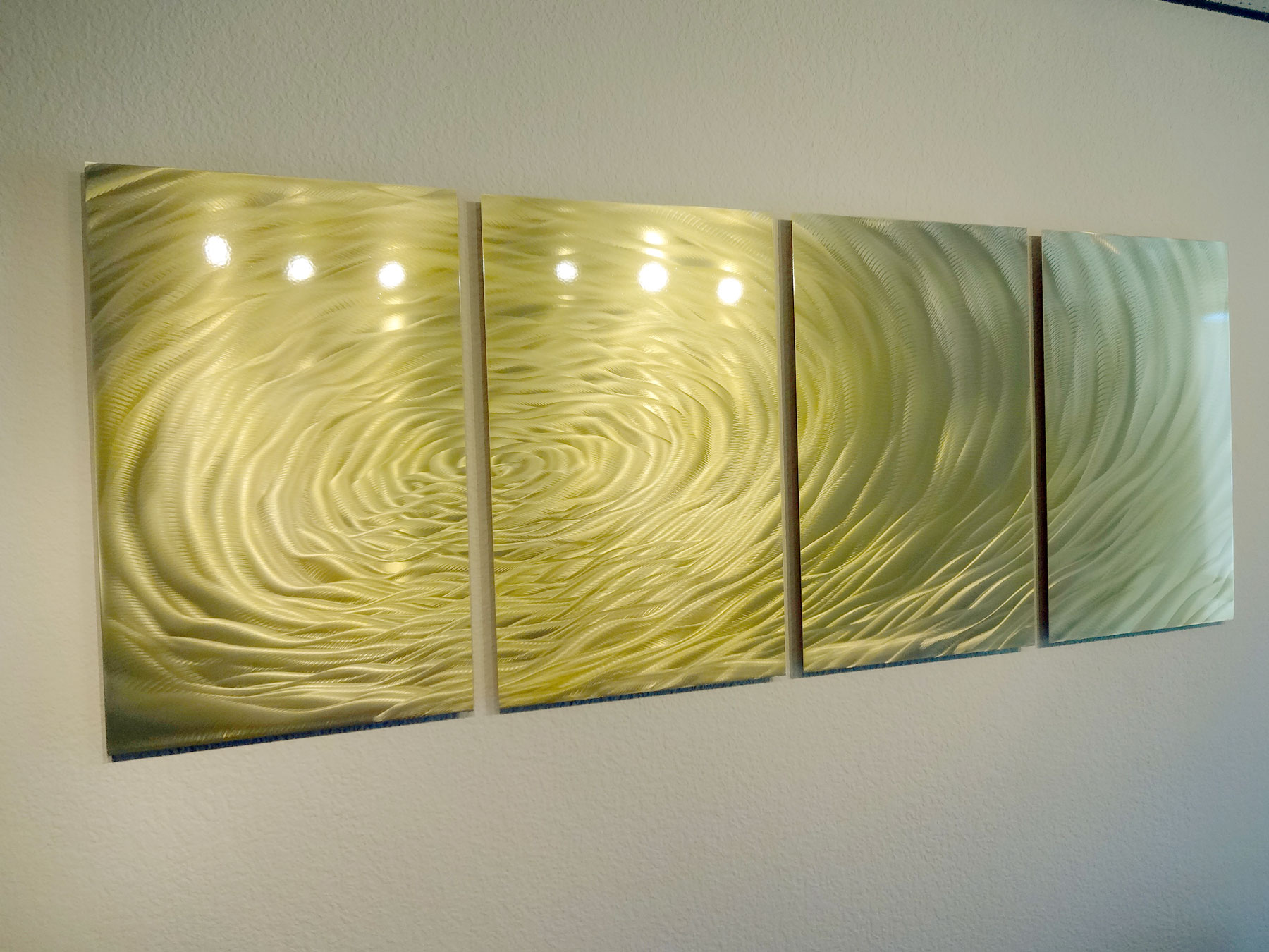 Gold Metal Wall Art - Elitflat