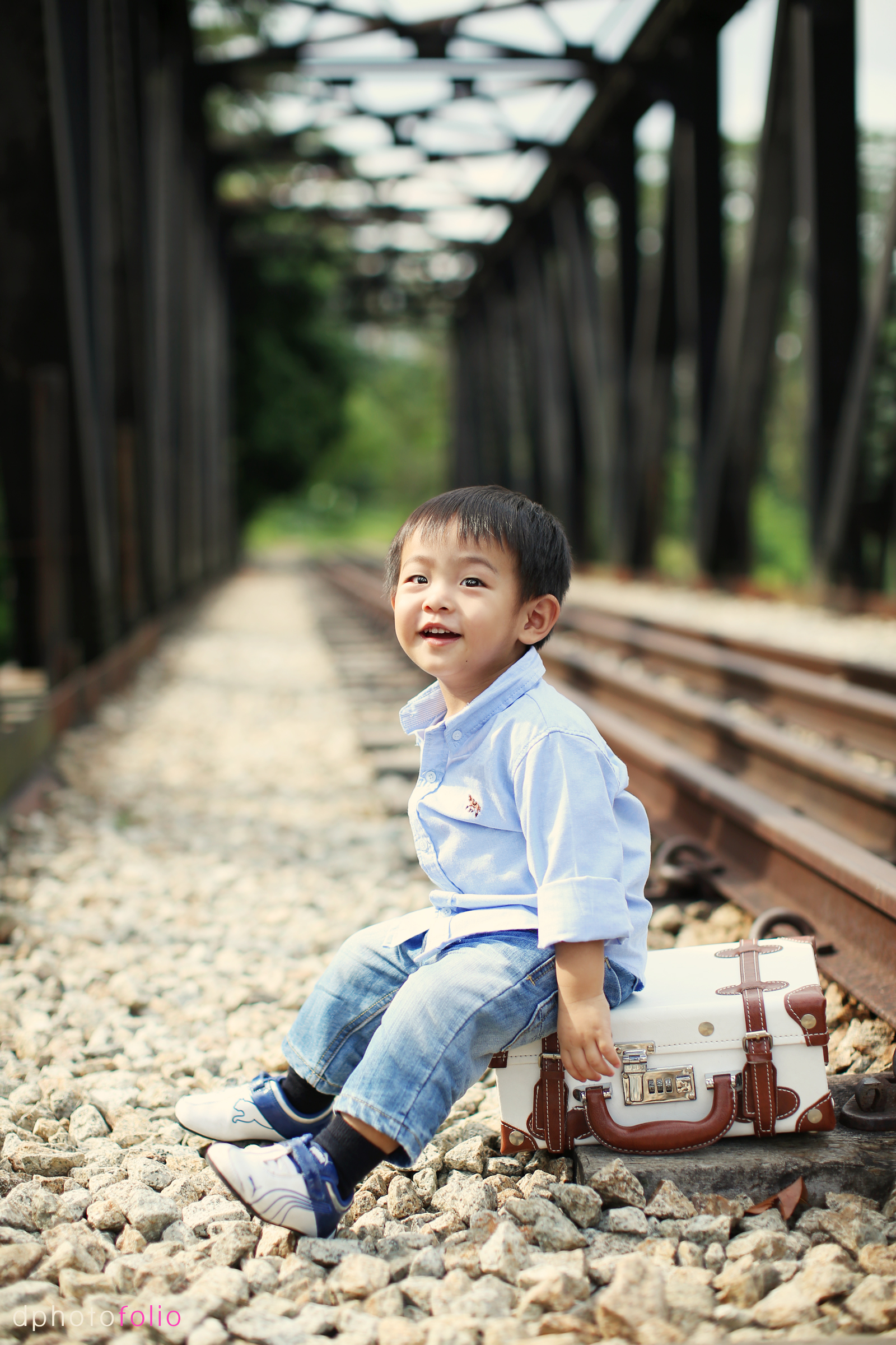 Newborn Toddler Child Outdoor Photoshoot Singapore Outdoor Portrait