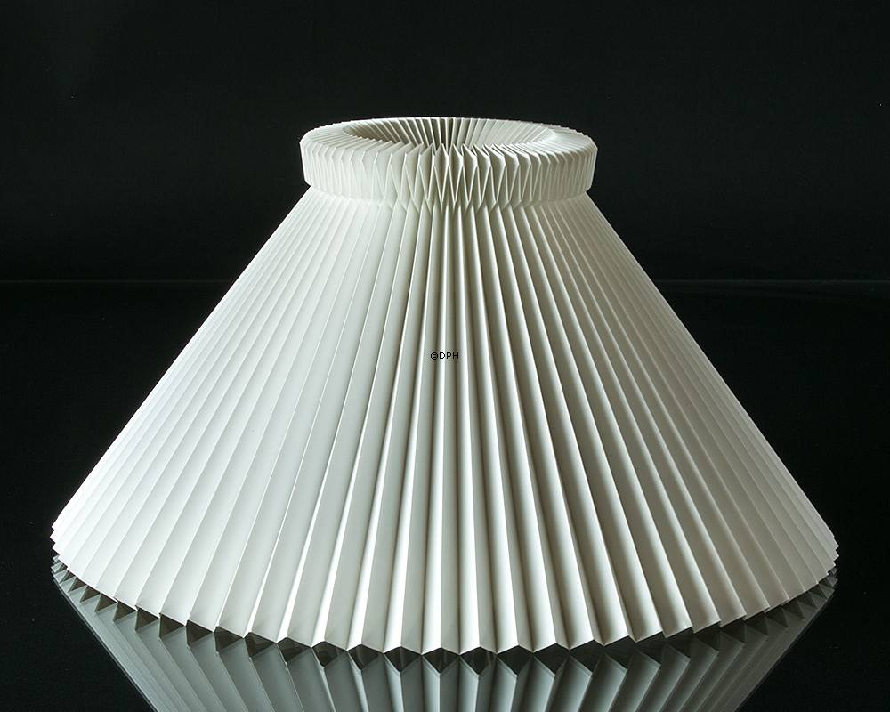 Le Klint Le Klint 1 Sidelength 19cm Lampshade Made Of White Plastic