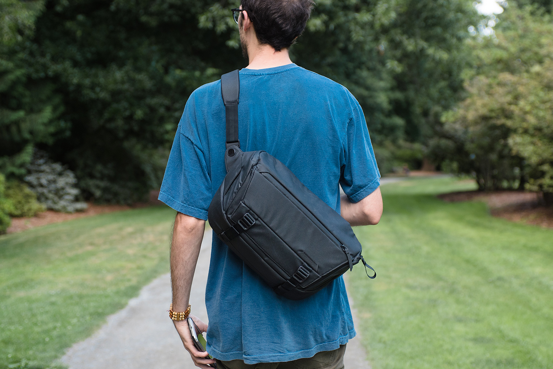 Peak Design Review Peak Design Everyday Sling 10l A Solid But Pricey Pack