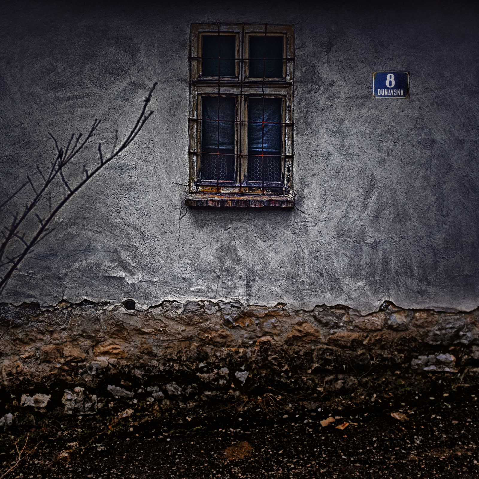 Back-to-the-old-house-Dragan-Todorovic.jpg?fit=1600%2C1600