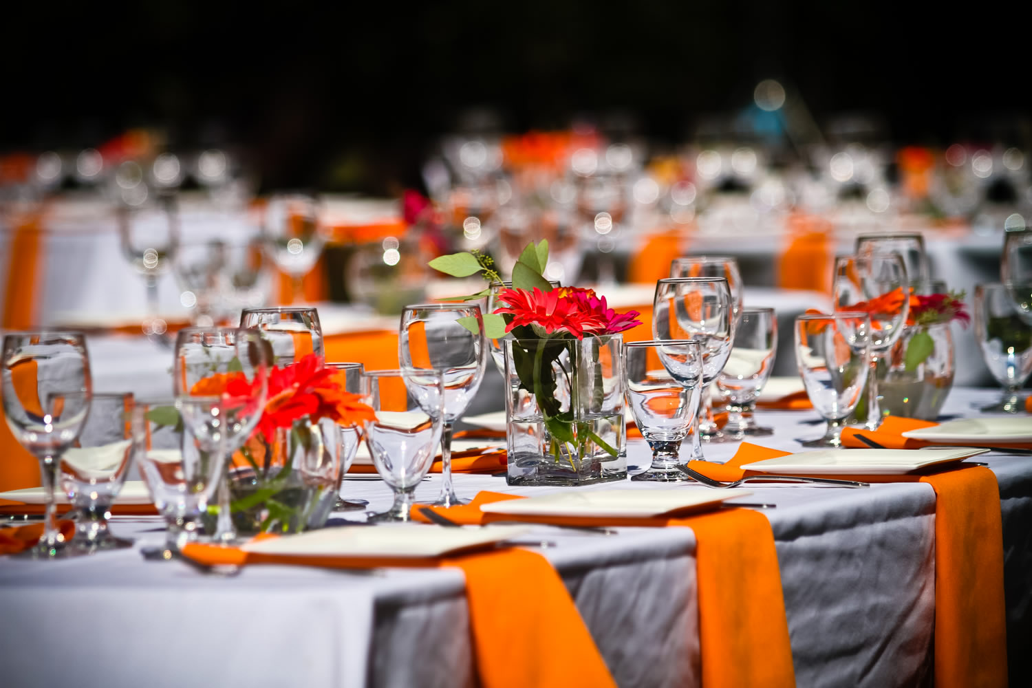 Table Decor And More Tips To Decorating Tables At Your Wedding