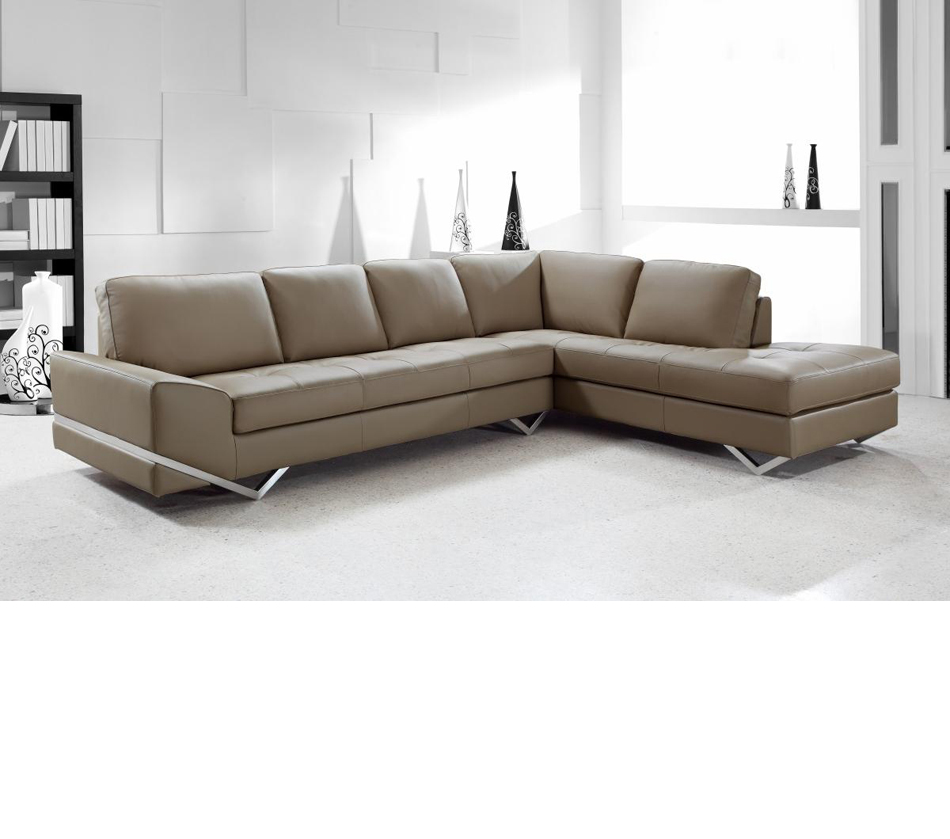 Modern Sofa Dreamfurniture.com - Divani Casa Vanity - Modern Leather
