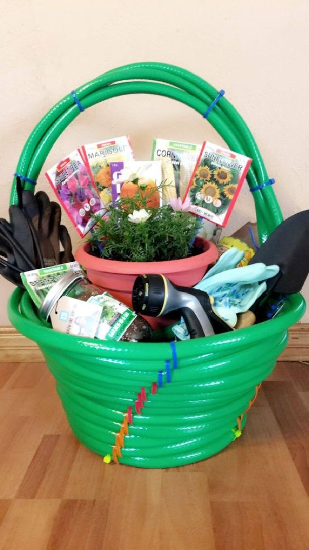 Do it yourself gift basket ideas for any and all occasions for Gardening gifts for men
