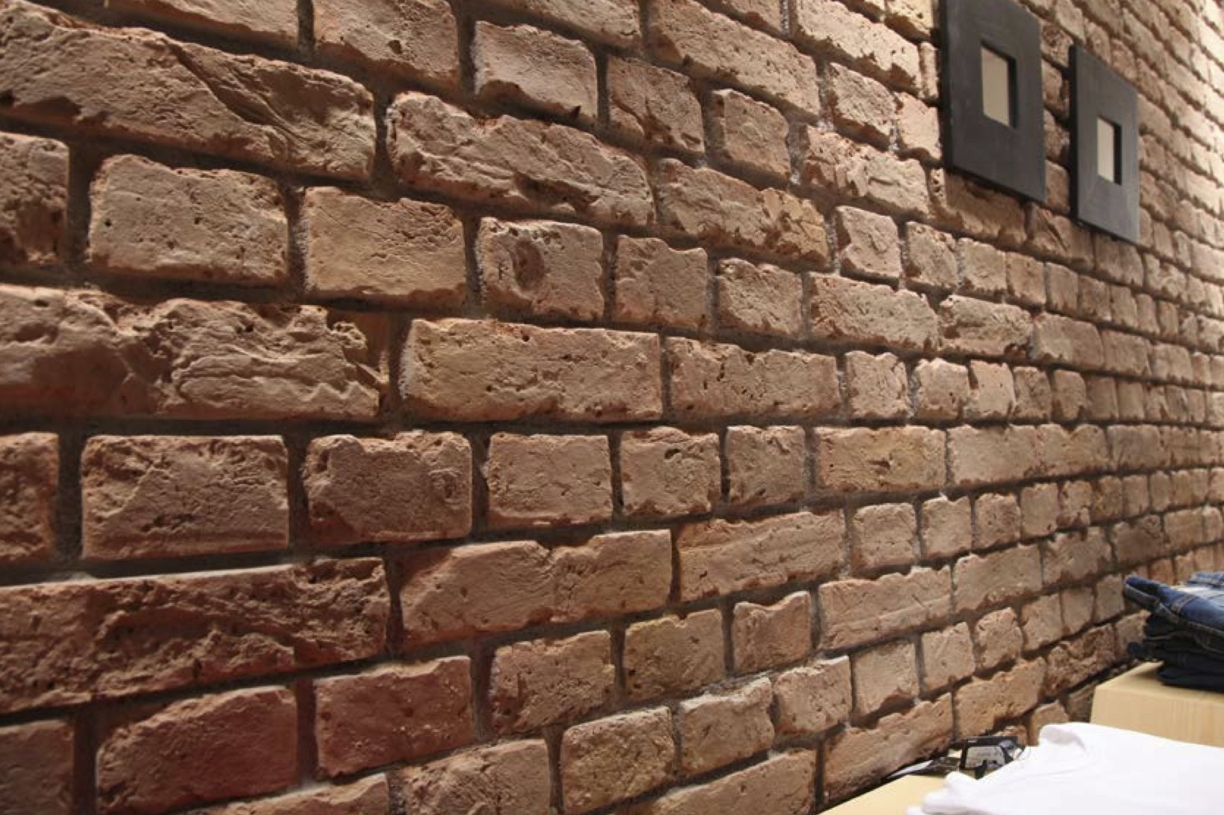 Brick Wall Interior Rustic Brick Dreamwall Wallcoverings With A Difference