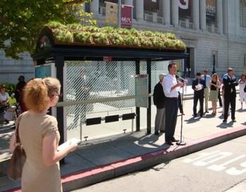 cubierta-verde-parada-bus