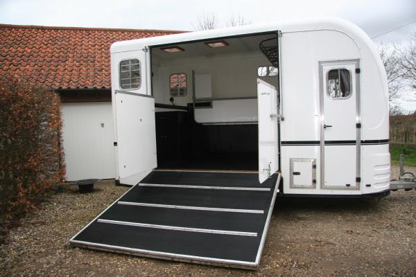 Horseboxes For Sale New And Used Horseboxes For Sale