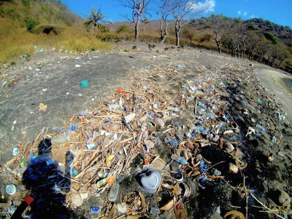 Gili Island beach inundated with plastic