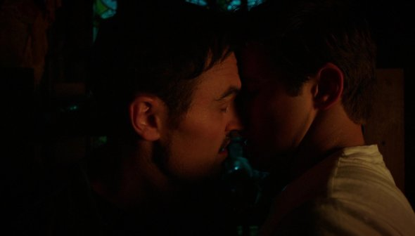 Vex and Mark kiss in Here Comes the Night