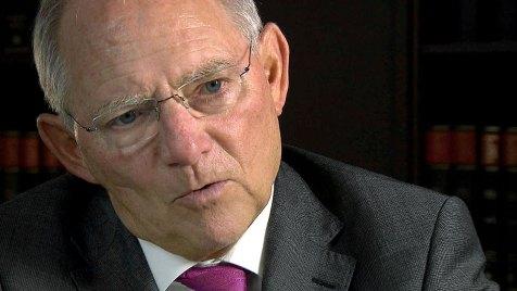 Der Bundesfinanzminister bezieht im Film Stellung zur Steuervermeidung. Bild: WDR