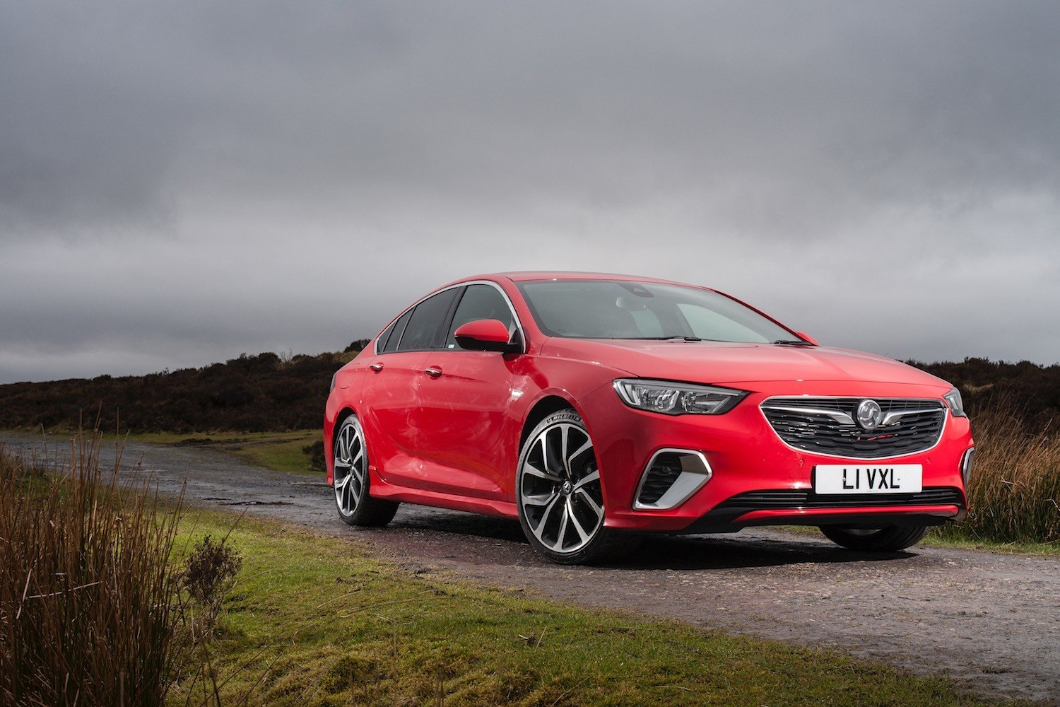 Vauxhall Insignia 2018 Drive Co Uk Reviewed The 2018 Vauxhall Insignia Gsi Biturbo
