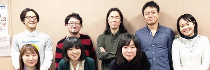 NPO法人ムイットボン!代表の上田尚矢さんと、プロボノチーム