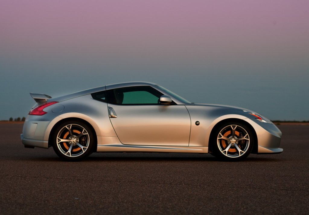 Car Safety Features Crumple Zones 2009 Nissan 370z Nismo Debuts In New York Drive Arabia