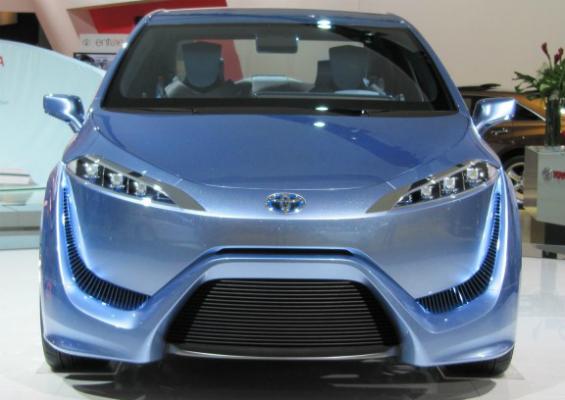 Toyota FCV 2015