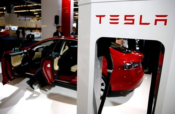 Tesla sets quarterly record thanks to the UK and China