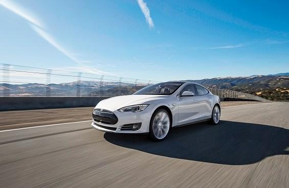 Tesla sweetens its Model S leasing options in the US