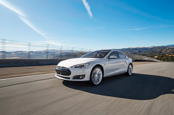 Tesla sweetens its Model S leasing options in the US