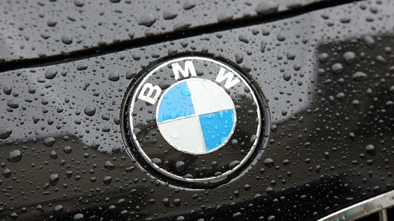 BMW announces plans to release plug-in hybrid variants of its top models