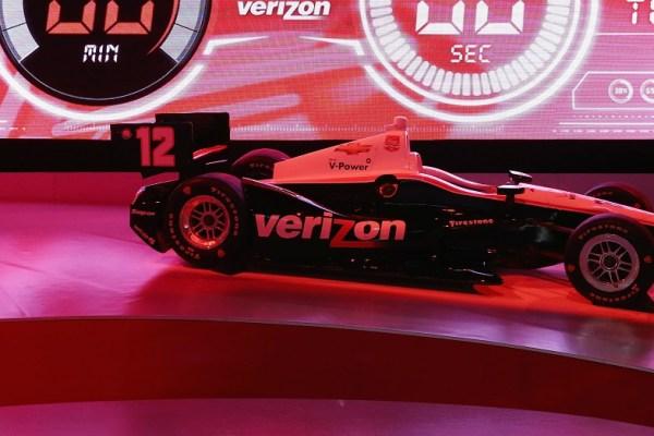 Verizon Vehicle can turn any car into a smart car