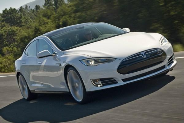 08.02.16 - 2016 Tesla Model S