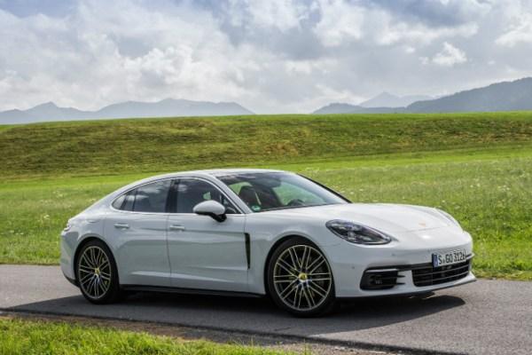 01.28.17 - Porsche Panamera