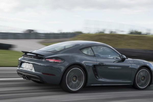 02.08.17 - Porsche 718 Cayman