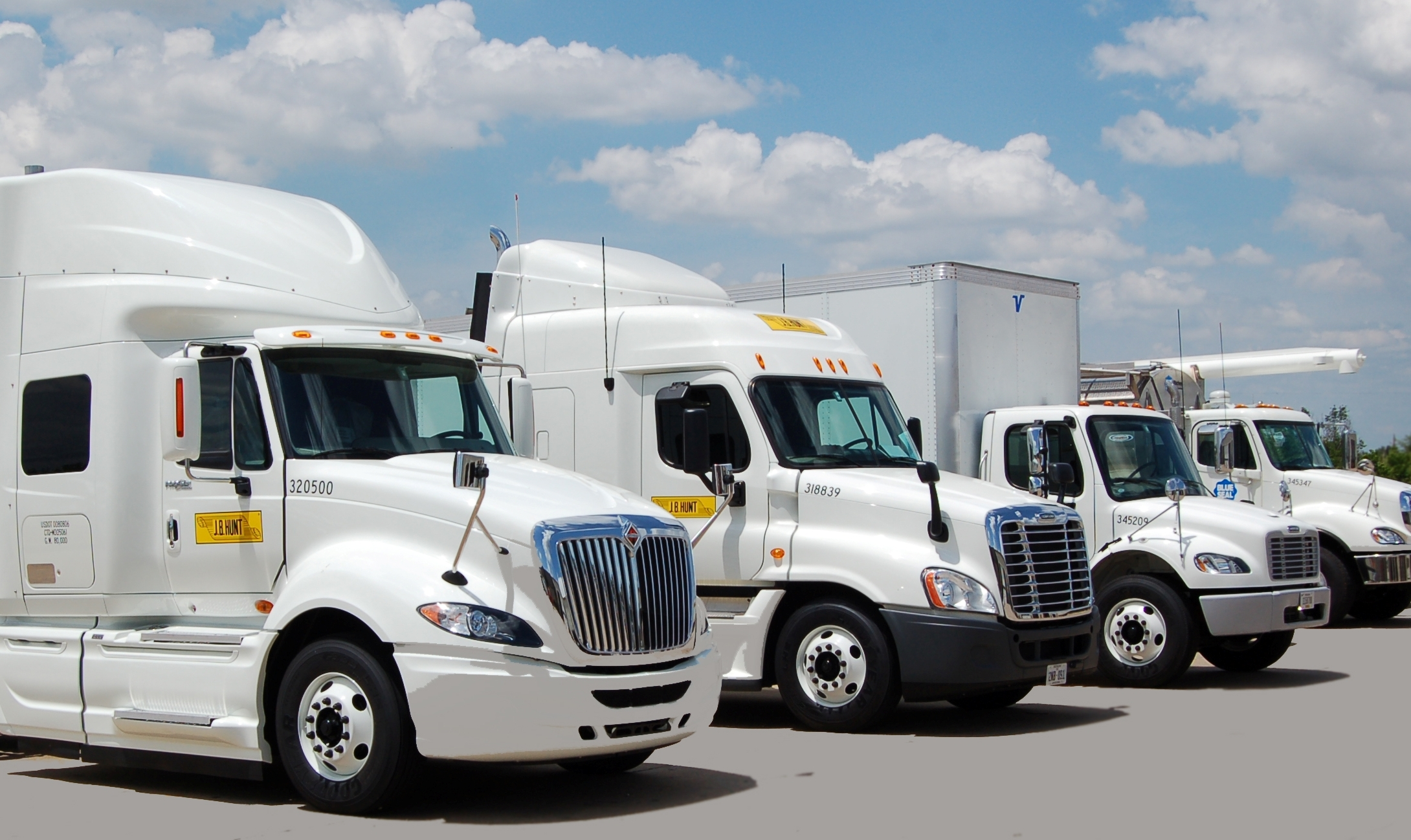 Jb Lighting Jobs 7 Reasons Why Your Next Truck Driving Job Should Be With J B Hunt