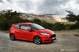 ford-fiesta-st-launch-2013-04
